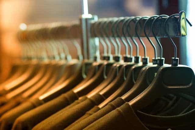 clothes 1834650 640