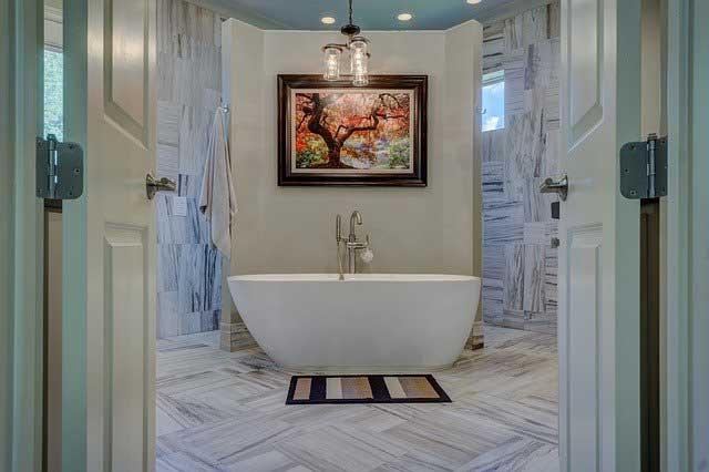 bathroom 1597027 640