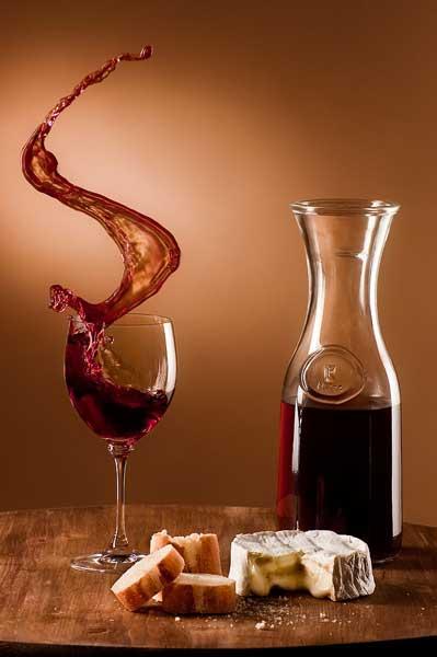 681px Schwappender Wein