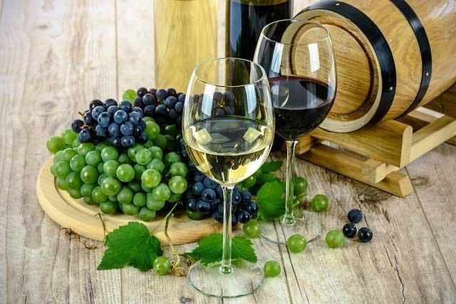 wine 1761613 640