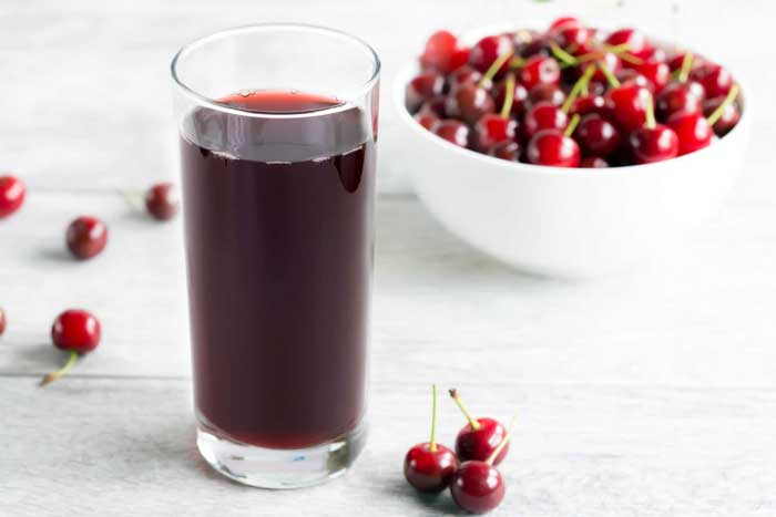 4 Amazing Health Benefits of Tart Cherry Juice