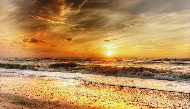 beach 2334304 640