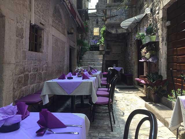 restaurant 843832 640