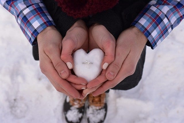 love 2086907 640