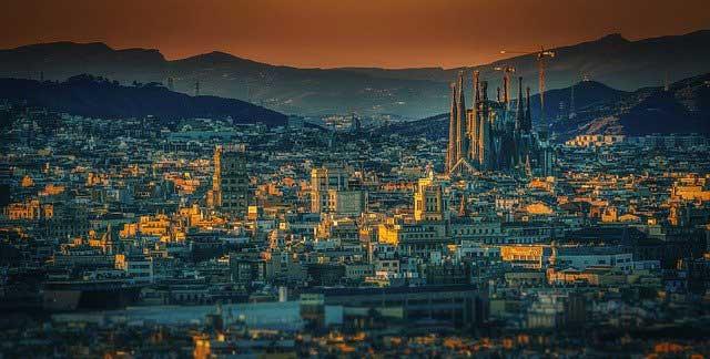 barcelona 3226639 640