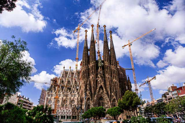 Sagrada Familia and Other Magnificent Works of Antoni Gaudi in Barcelona
