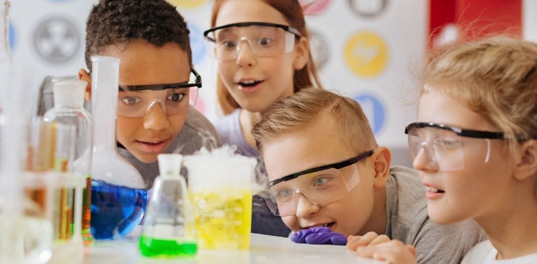 Top Tips To Raise a Science-Minded Kid