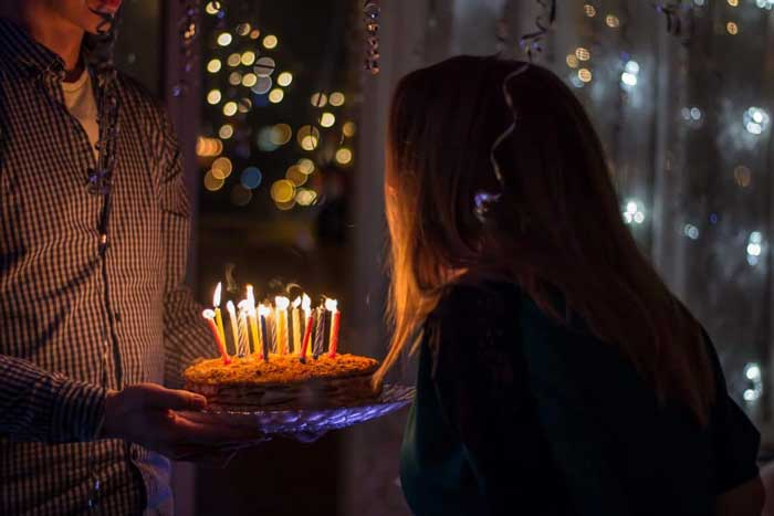 5 Easy Gift Ideas to Send For a Friend's Birthday
